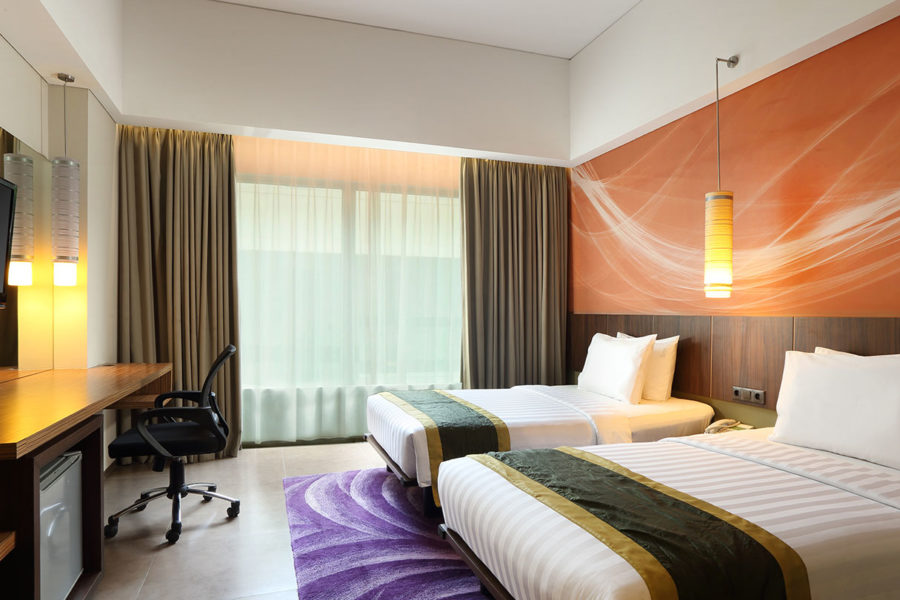 Deluxe Room Holiday Inn Bandung Pasteur