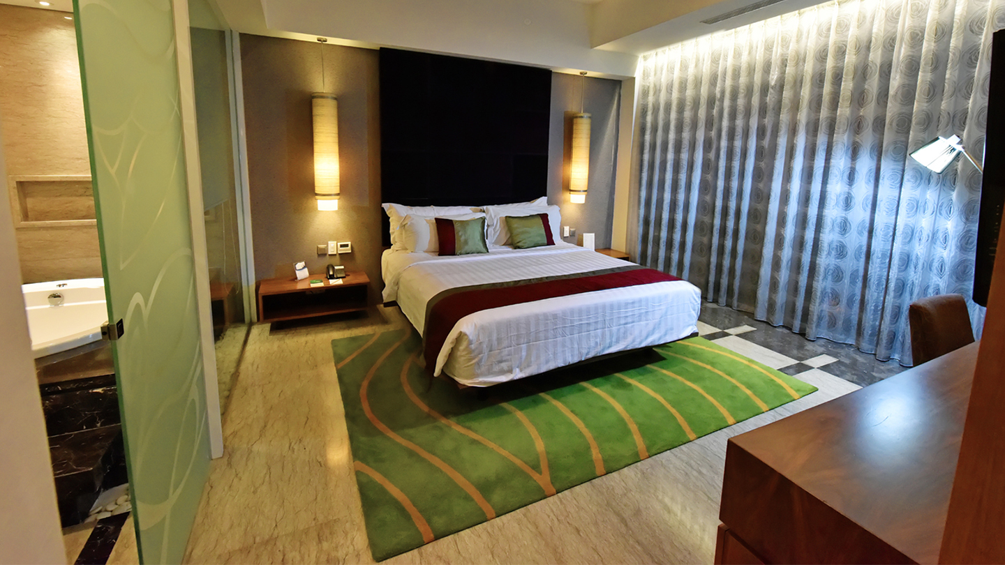 Governor Suite - Holiday Inn Bandung Pasteur